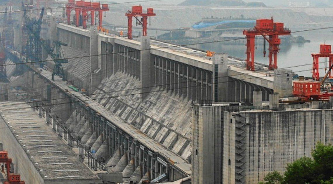 The World's 18 Strangest Dams