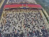 50 Lanes China Highway