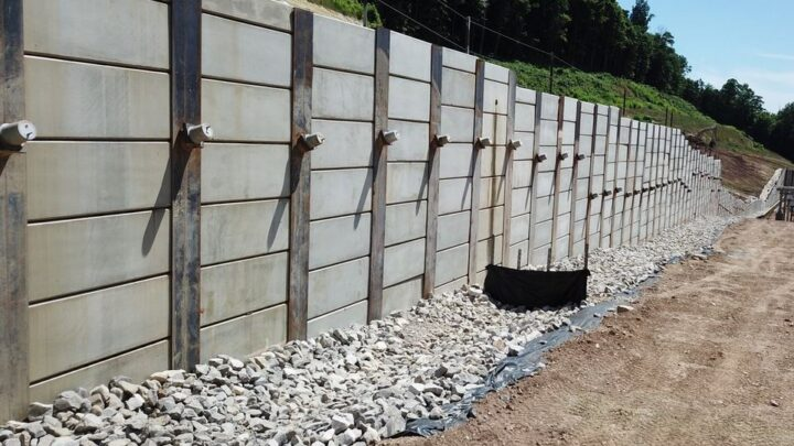 What is a Retaining Wall ? Types of Retaining Walls